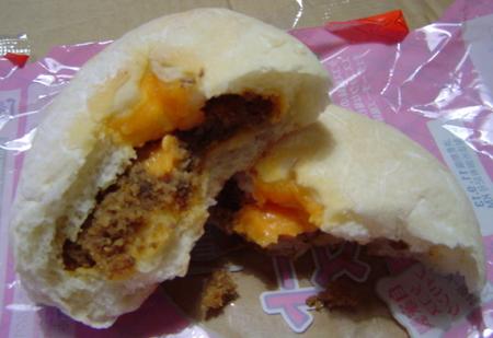 kimuraya-tacosmeatcheese3.jpg